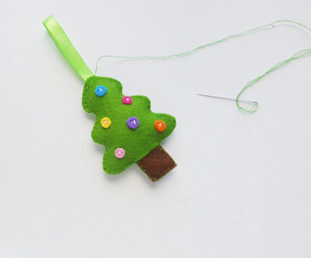 Sewing Felt Christmas Ornaments