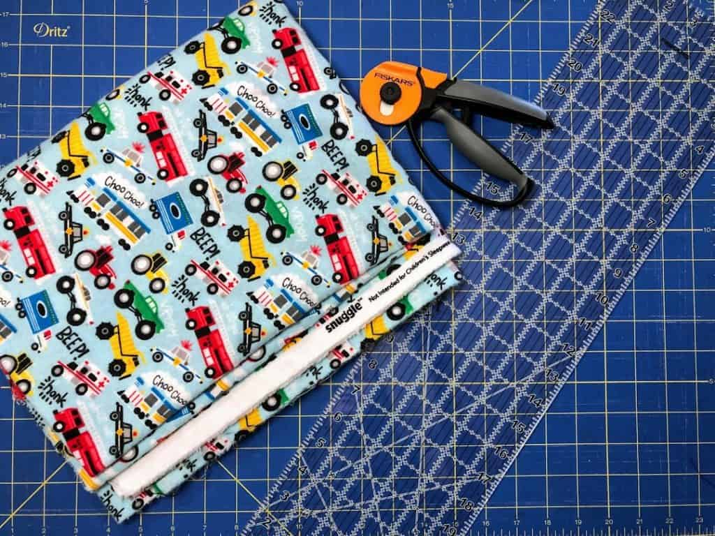 How to Sqaure Up Fabric before Cutting