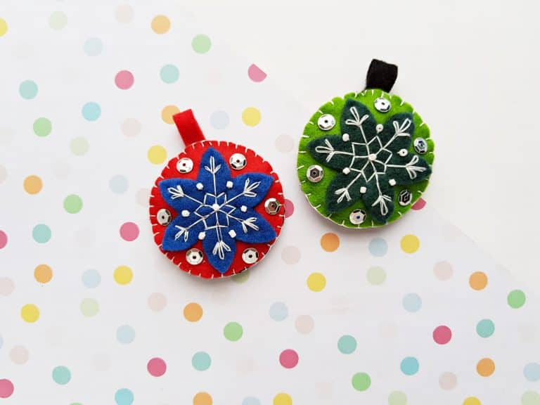 Gorgeous Felt Ornaments DIY for the Holidays