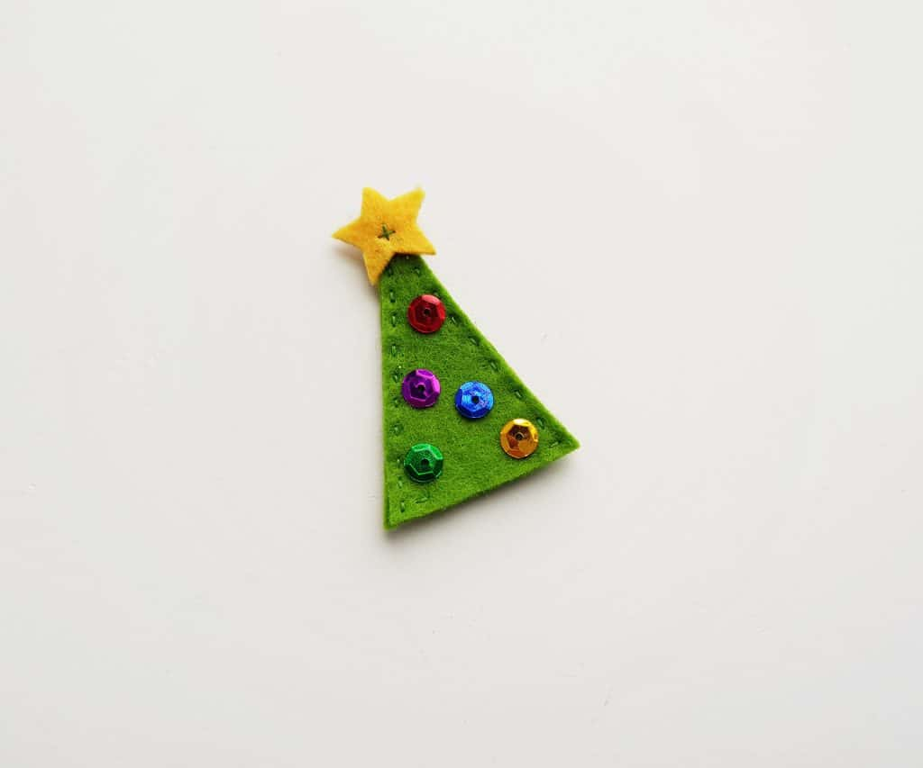 Felt Pencil Toppers Christmas Tree Step 7