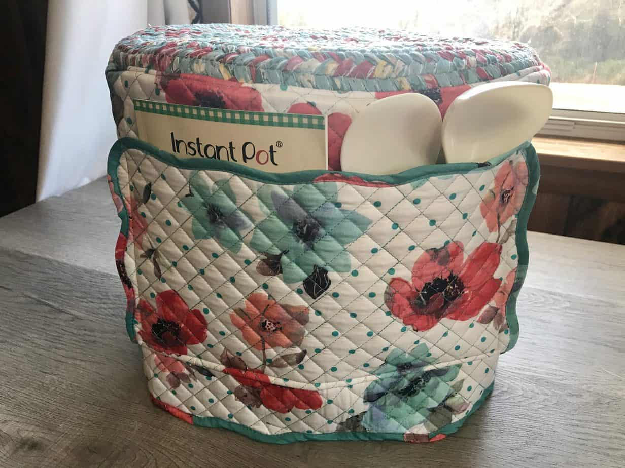 Instant Pot Cover with Pioneer Woman Placemats – Beginner Sewing Projects