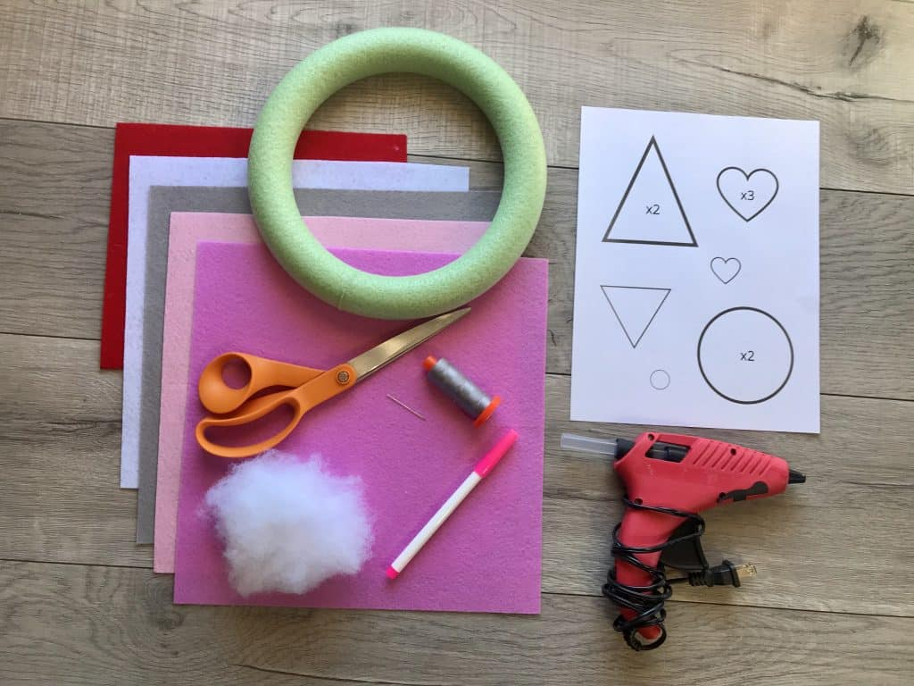 Supplies to Make a Valentine Gnome Wreath