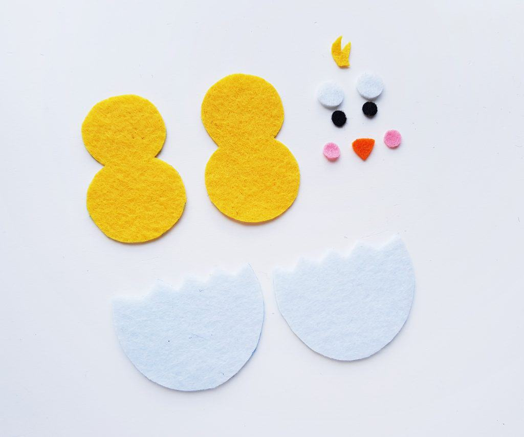 Cut out felt chick pieces