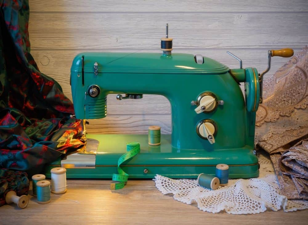 Buying a Vintage Sewing Machine