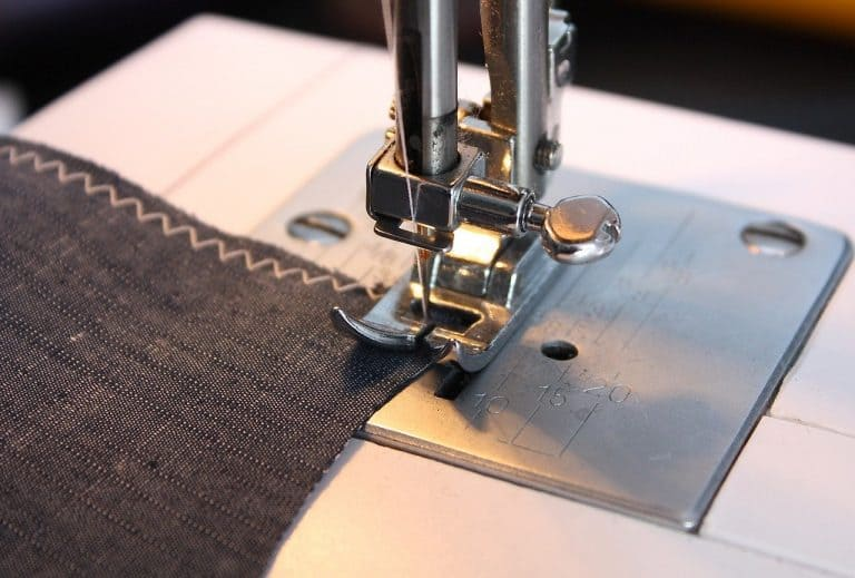 4 Best Sewing Machines for Beginners: Stitching Made Easy!