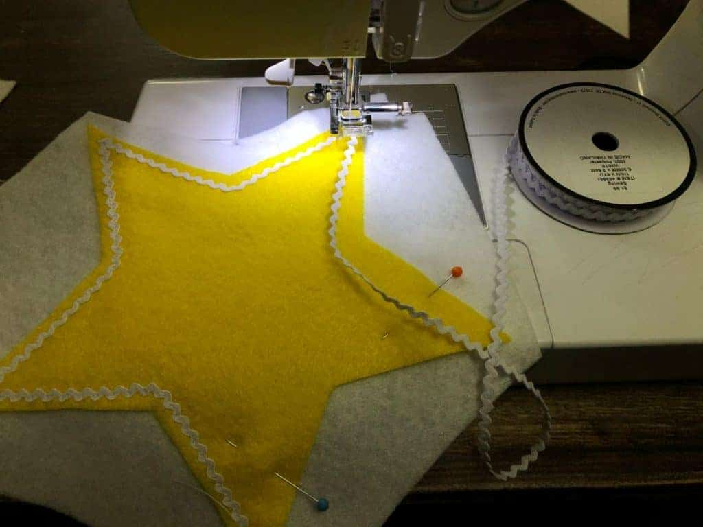 adding lace to star