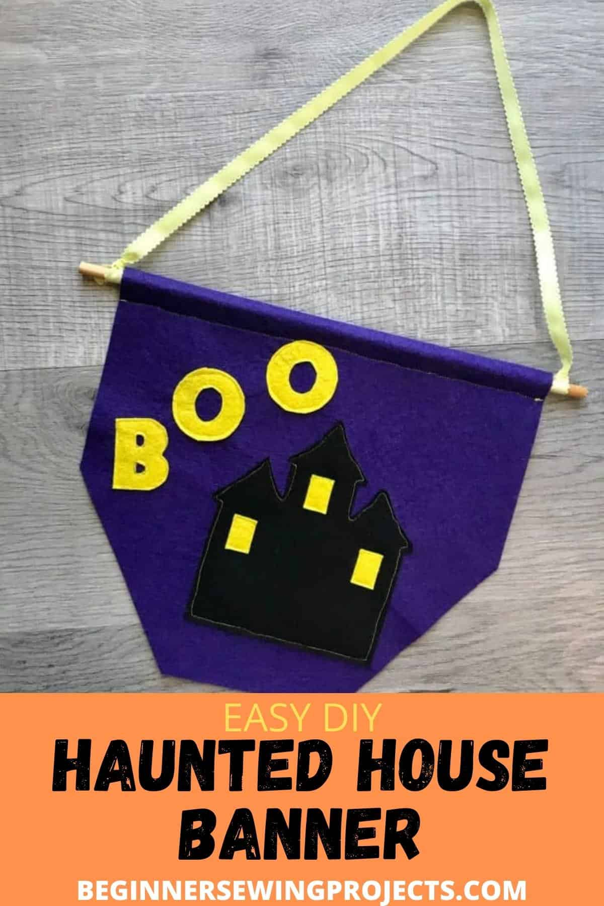 Easy DIY Haunted House Banner