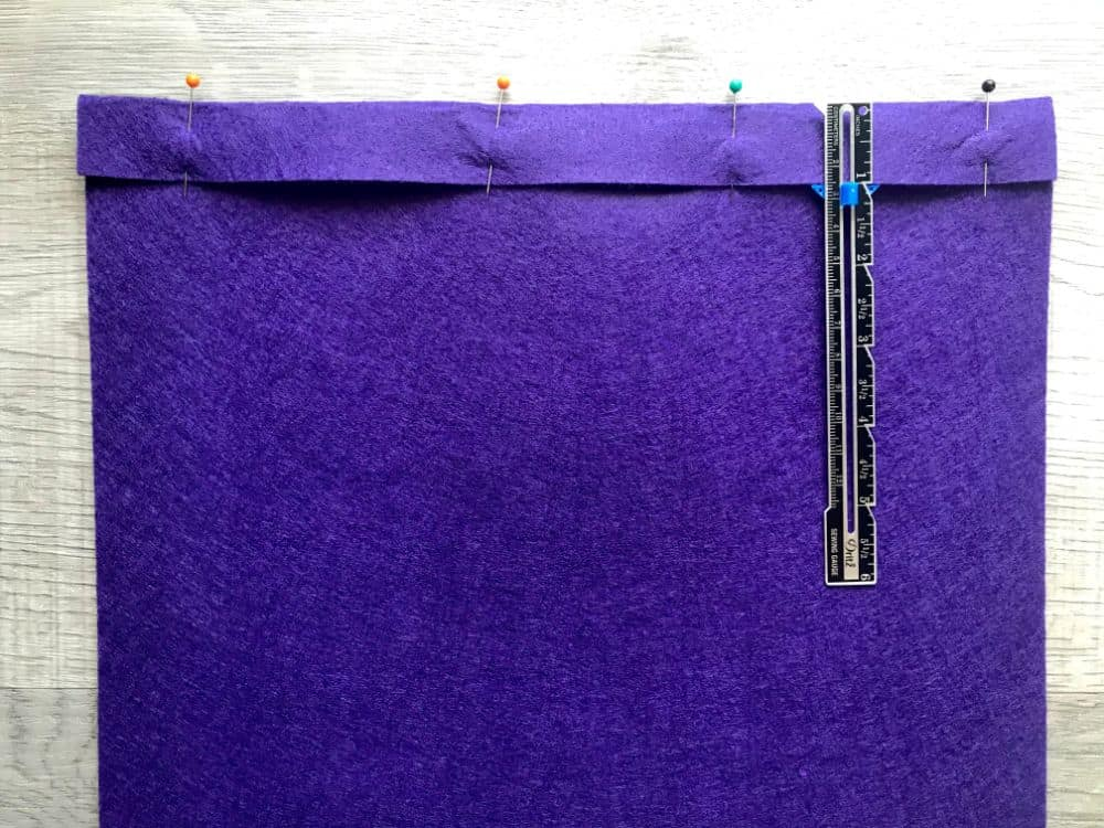 folding edge for banner background