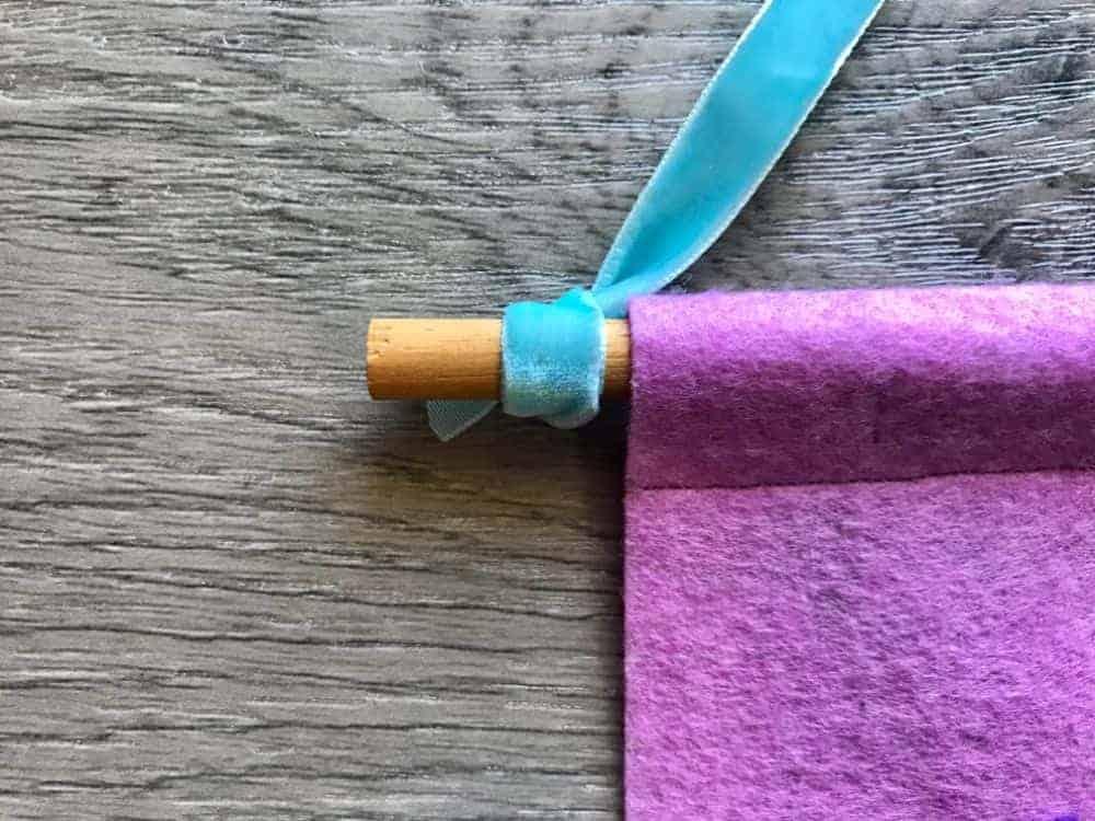 adding ribbon hanger