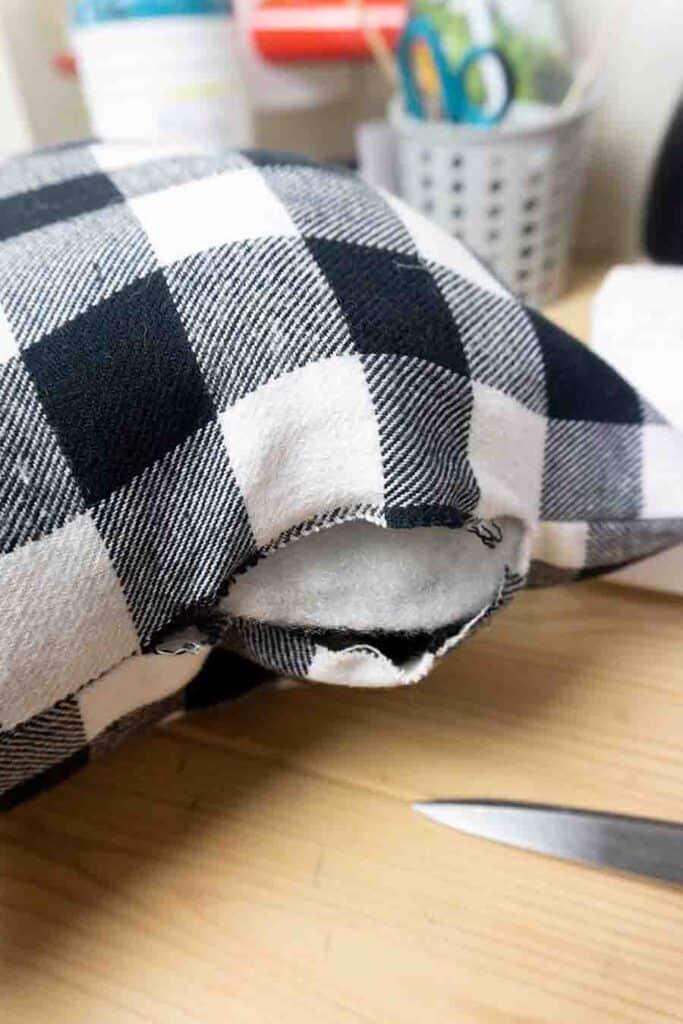 Stitch around Pillow