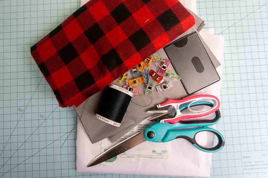 Supplies for fabric wallet