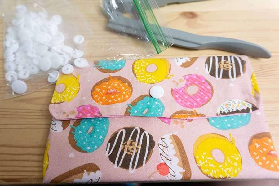 add snaps to clutch purse